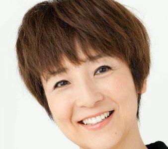 藤田朋子の旦那はアコーディオン奏者の桑山哲也。結石や動脈瘤の病気あり。