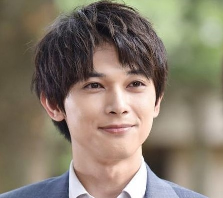 吉沢亮の兄弟は男4人。年齢と名前は如何に。