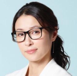 水野美紀が着用しているメガネはどこのブランド?